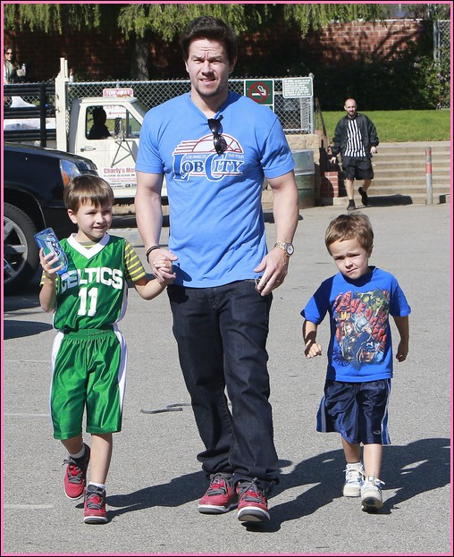 51000357 'Broken City' actor Mark Wahlberg takes his boys Michael and Brendan to play basketball in Brentwood, California on January 27, 2013. FameFlynet, Inc - Beverly Hills, CA, USA - +1 (818) 307-4813