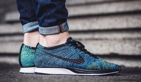 Hoeveel likes voor deze Nikes? Nike Flyknit Racer  CREWhellip